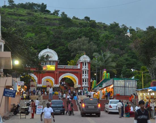chaturshringi temple senapati bapat road pune