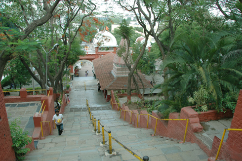 places to see near pune chaturshringi temple