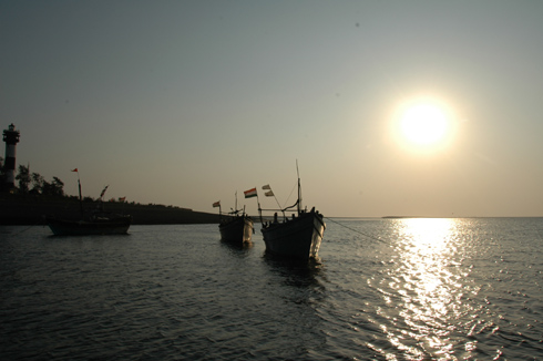places to see near pune daman