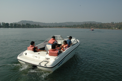 places to see near pune silvassa