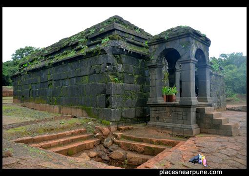 krisnabai temple near Panchganga temple in old Mahabaleshwar