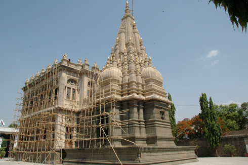 places to see near pune shinde chhatri