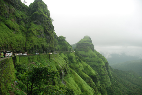 places to see near pune Varandha Ghat