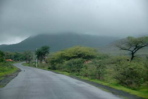 Balaji_Temple_Narayanpur_Pune_03