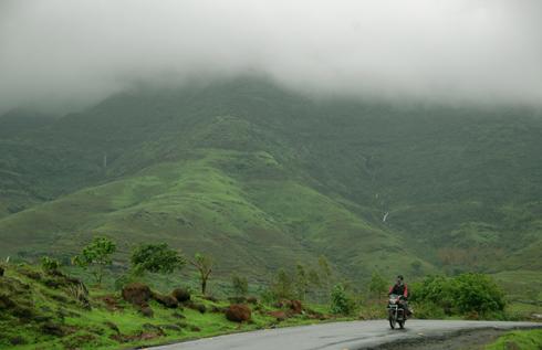 Balaji_Temple_Narayanpur_Pune_07
