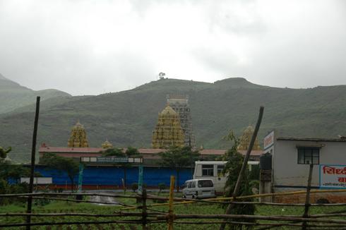Balaji_Temple_Narayanpur_Pune_09
