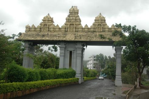 Balaji_Temple_Narayanpur_Pune_10