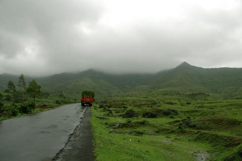 Balaji_Temple_Narayanpur_Pune_11