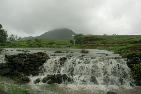 Purandhar_fort_hill_Narayanpur_Pune_13
