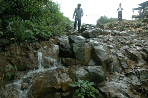 lonavala_waterfall_pune_3