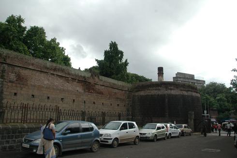 shaniwar_wada_fort_mansion_pune_02