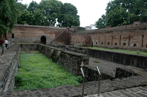 shaniwar_wada_fort_mansion_pune_08