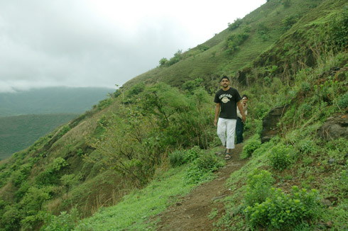sinhagad_lion_fort_pune_27
