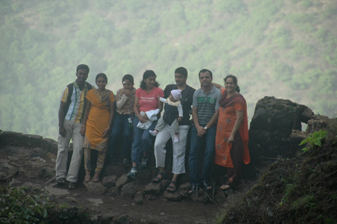 sinhagad_lion_fort_pune_39