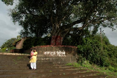 wai_village_menavali_ghat_temple_06