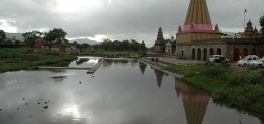 wai_village_menavali_ghat_temple_08