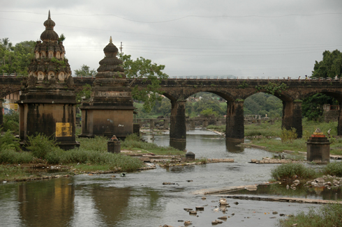wai_village_menavali_ghat_temple_09