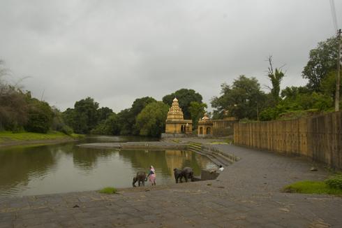 wai_village_menavali_ghat_temple_11