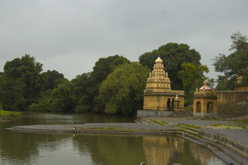 wai_village_menavali_ghat_temple_12