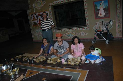 chokhi_dhani_rajasthani_village_pune_17