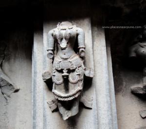 bhuleshwar_temple_monsoon