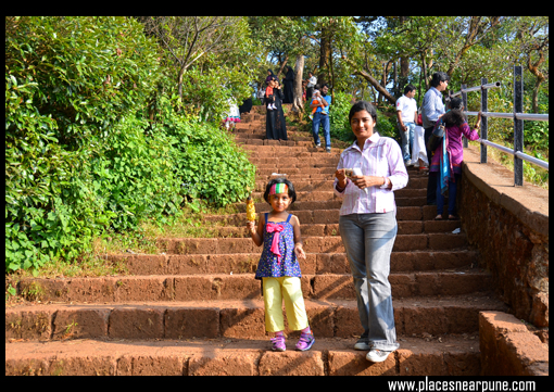 arthurs_seat_view_point_mahabaleshwar_07