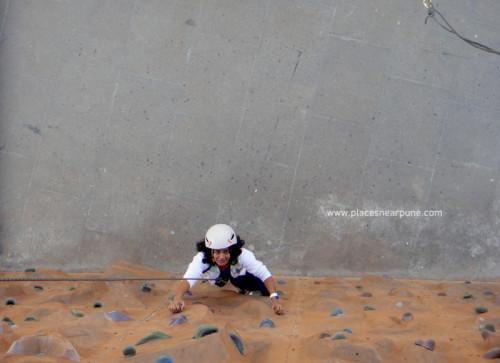 Wall climbing at seasons mall