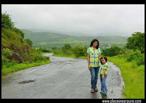 lohagad_fort_route