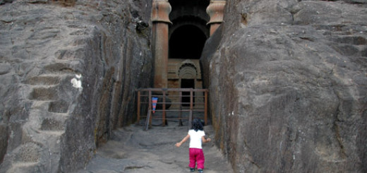 bedse_caves_near_kamshet