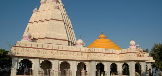kanifnath_temple_near_saswad