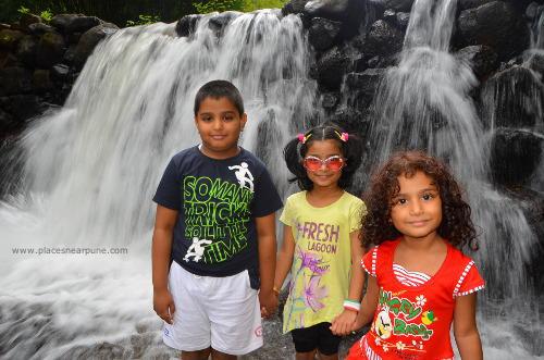 madhe_ghat_waterfall_11.jpg