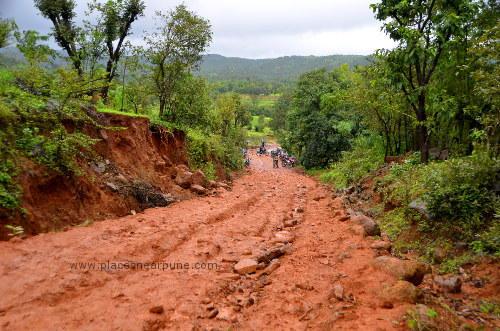 madhe_ghat_waterfall_24.jpg