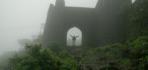 purandar_hill_fort_narayanpur