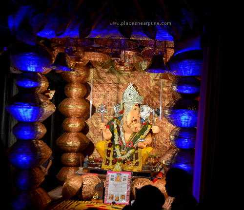 Visit_Famous Ganapati Mandals in Pune Photo Walk