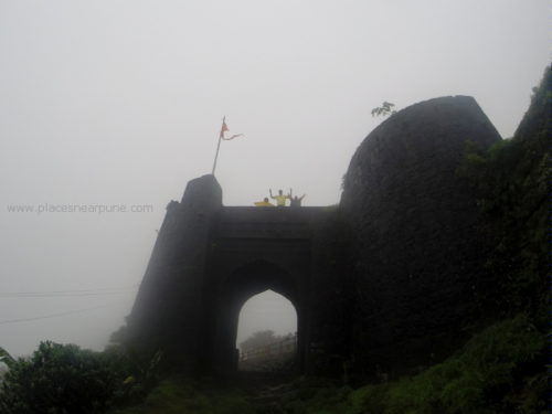 Purandar fort drive